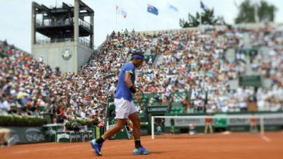 Nadal juega ante el sacador Haase en la segunda ronda de Roland Garros