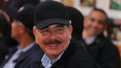 Danilo escucha a productores de jengibre orgánico en Samaná; respalda aumentar producción