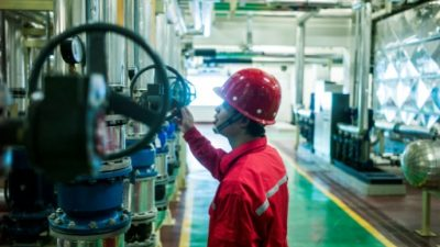 Claro aumento del petróleo, que cerró en USD 49,80 el barril en Nueva York