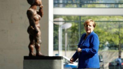 """Merkel afirma que Europa debe convertirse """"en un actor comprometido"""""""