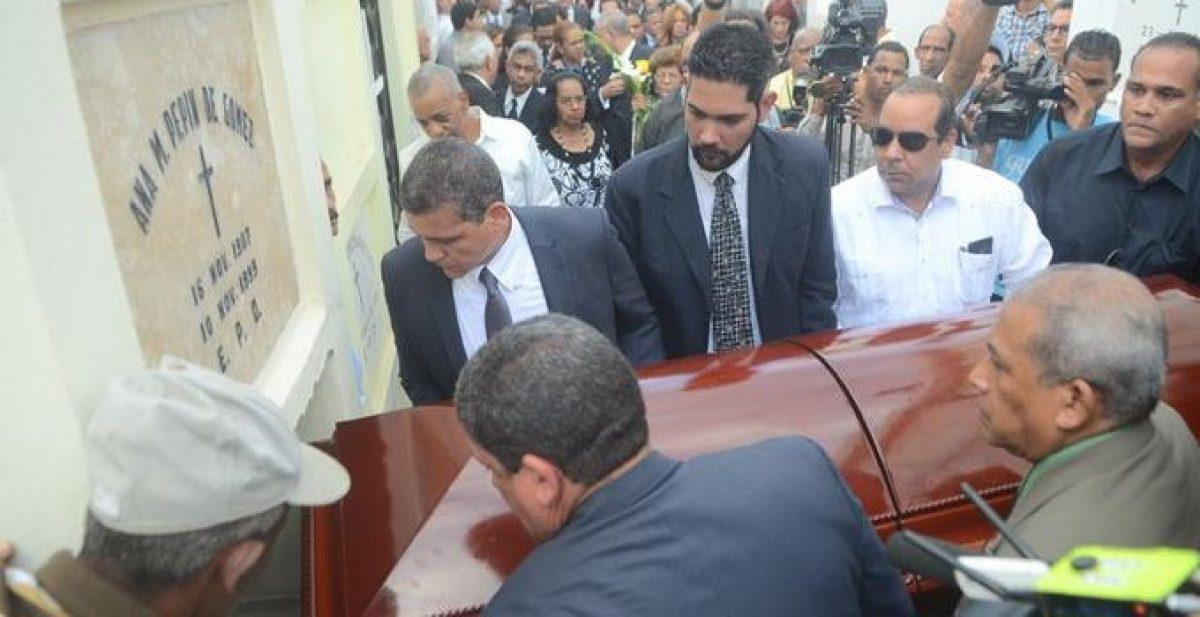 Adiós Don Radhamés Gómez Pepín, maestro del periodismo y de la palabra al servicio de la verdad