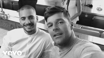 Ricky Martin – Vente Pa' Ca (Official Video) ft. Maluma