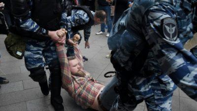 Condenado a 30 días de cárcel el opositor ruso Navalny por convocar protestas