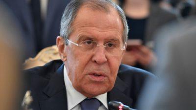 """Lavrov denuncia la """"agresión"""" de la coalición internacional a fuerzas anti-EI"""