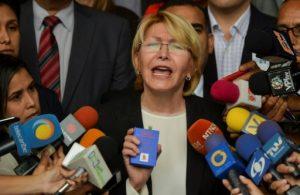 Allanan casa de exfiscal venezolana tras pedido de arresto contra su esposo