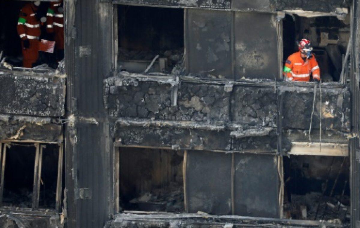 58 desaparecidos, presumiblemente muertos, en el incendio de Londres