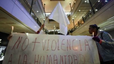 Nueva captura y 8 sospechosos a prisión por atentado en centro comercial de Colombia