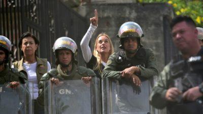 Opositor venezolano Leopoldo López denuncia torturas a gritos desde su celda