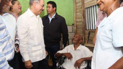 Danilo apoya a pescadores Sabana de la Mar y da seguimiento a logros arroceros de Miches