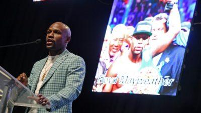"""Golovkin califica de """"show"""" y """"negocio"""" pelea Mayweather-McGregor"""