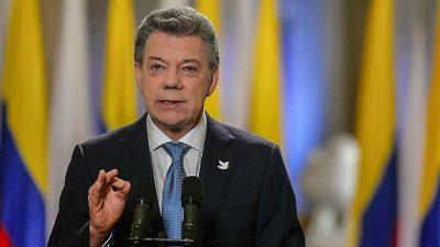Santos pacta alto al fuego con ELN, la última guerrilla de Colombia
