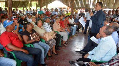 Comisión se reúne con productores de Río San Juan; da seguimiento a Visita Sorpresa