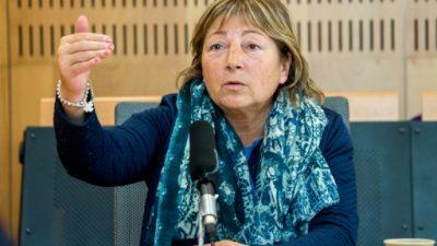 Una alcaldesa de Francia se niega a acatar directrices a favor de los migrantes