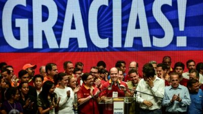 """La oposición venezolana define su """"ofensiva final"""" tras el voto masivo contra Maduro"""
