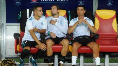 Cristiano Ronaldo empieza en el banquillo, Deulofeu por Neymar en el Barcelona