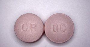 Los médicos, un eslabón crucial en la crisis de los opiáceos de EEUU