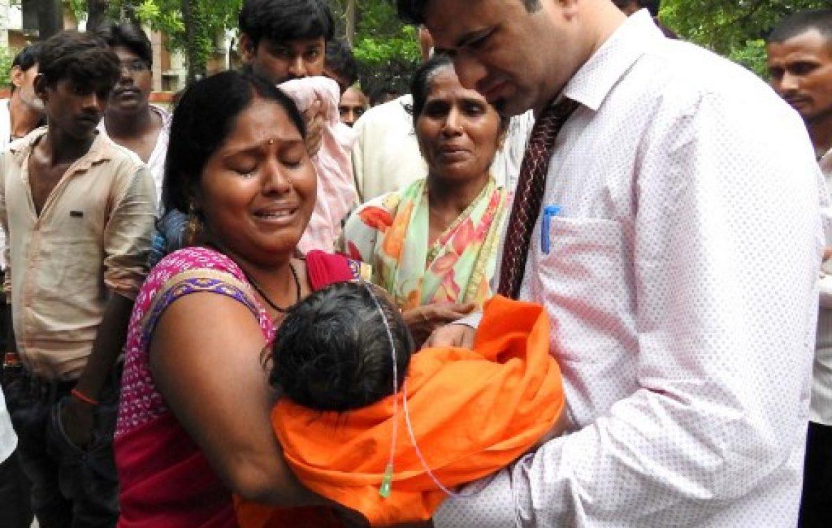 Mueren 60 niños en un hospital de India por falta de oxígeno