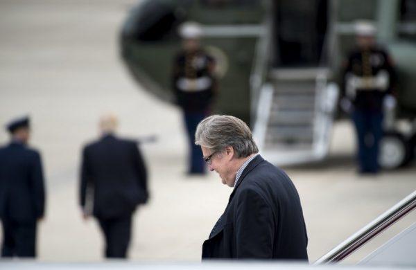 Steve Bannon, polémico consejero de Trump, abandona la Casa Blanca