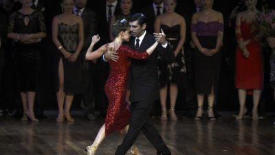 Pareja argentina gana Mundial de Tango en categoría Pista en Buenos Aires