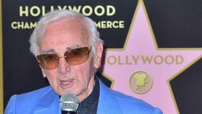 Aznavour recibe por fin su estrella en el Paseo de la Fama en Hollywood