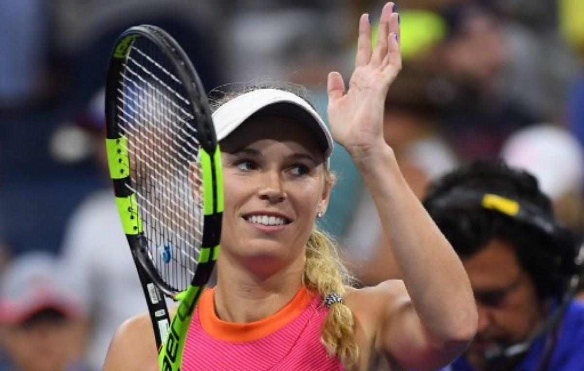 Danesa Wozniacki critica favoritismo hacia Sharapova
