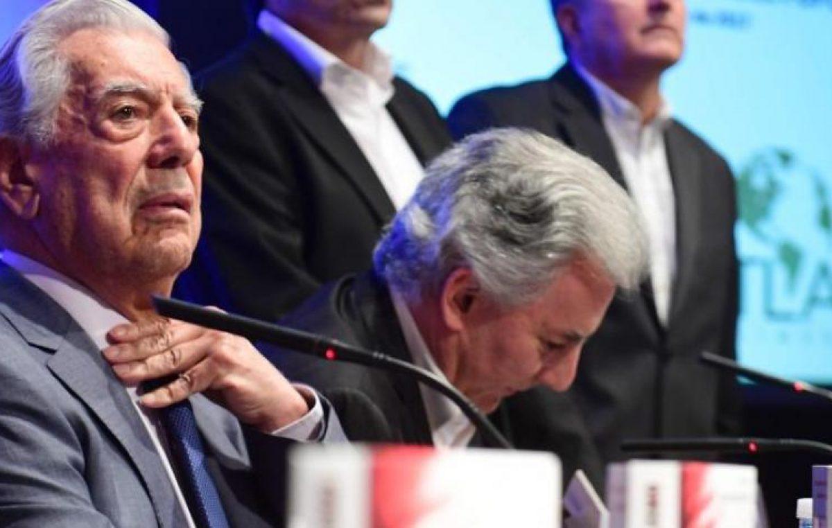 """Vargas Llosa afirma que es """"casi imposible"""" que Venezuela recupere la democracia en paz"""
