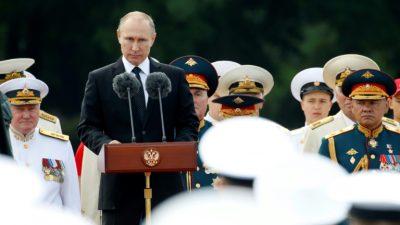 """Moscú coincide con Trump en que la relación Rusia-EEUU está en un nivel """"peligroso"""""""