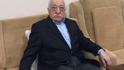 Turquía busca detener a 35 empleados de medios por presuntos nexos con Gülen