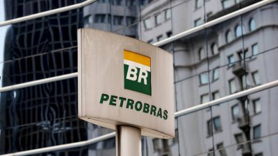 Fiscalía brasileña denuncia a expresidente de Petrobras por corrupción
