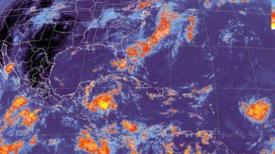 Nicaragua vigila trayectoria de tormenta Harvey