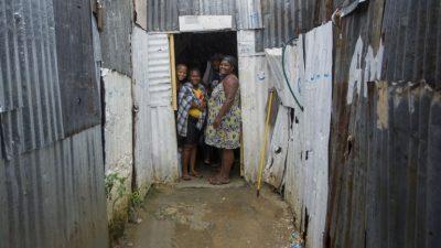 República Dominicana declara alerta máxima por el huracán María