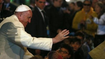 Papa se prepara para misa multitudinaria en Medellín