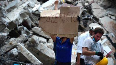 Sismo en México: contactan a maestra y dos niños atrapados bajo escombros