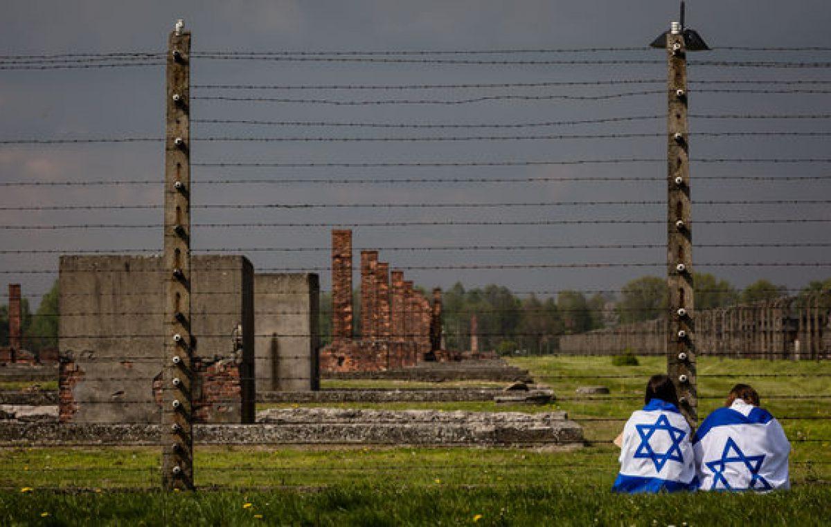 Polonia compra los cuadros del pintor judío de Auschwitz
