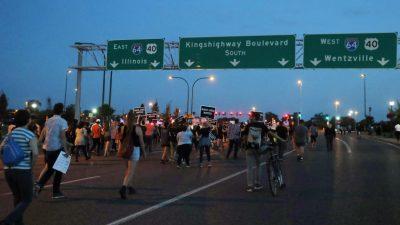 Cuarto día de protestas en St. Louis, EEUU por violencia policial