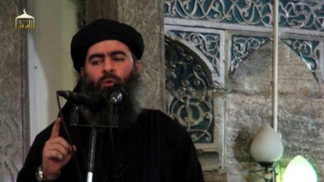 """El jefe del grupo EI pide a yihadistas """"resistir"""" en una presunta grabación suya"""