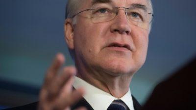 El secretario de Salud de EEUU devolverá el dinero por los vuelos chárter