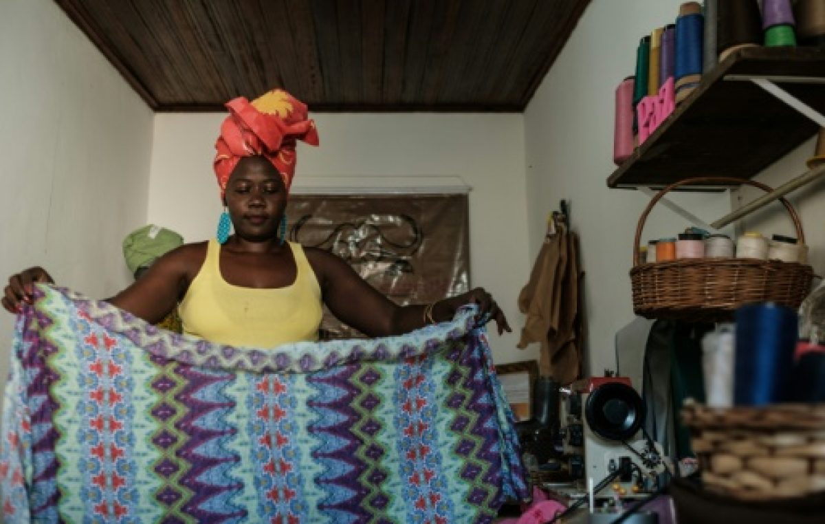 """El turbante, un """"trofeo"""" contra la intolerancia religiosa en Brasil"""